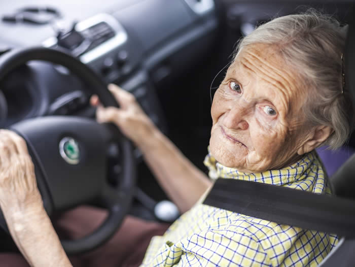 elderly driver, when should you hang up your keys?